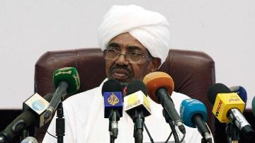 Sudan's president Omer Hassan al-Bashir delivers a speech on 27 January 2014 in the capital, Khartoum (Photo: AFP/Ebrahim Hamid)