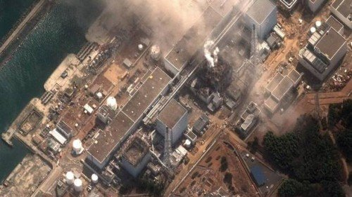 This satellite image provided by DigitalGlobe shows the damaged Fukushima Dai-ichi nuclear facility in Japan on Monday, March 14, 2011. (THE CANADIAN PRESS)