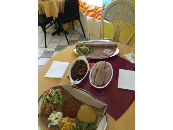 LOMA LINDA: Ayda Ethiopian Restaurant is finger lickin' good