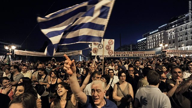 Greece crisis: No vote would mean euro exit, leaders warn