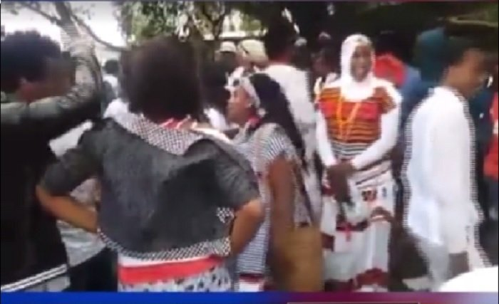 Scenes of killings during Irrecha festival in Debre Zeit Source : Screenshot from ESAT video