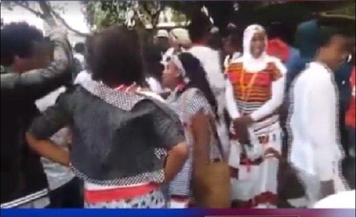 Scenes of killings during Irrecha festival in Debre Zeit Source : Screenshot from ESAT video