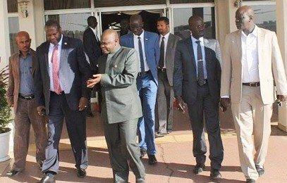 South Sudan's FVP, Riek Machar, departing from Bole International Airport, Addis Ababa to Pretoria, South Africa, 14 February 2016 (SPLM-IO courtesy photo)