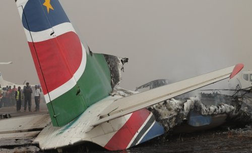 Plane crash in S. Sudan town leaves scores injured