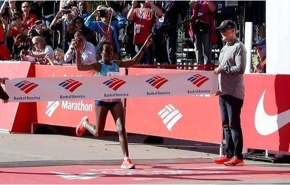 Tirunesh Dibaba - Chicago Marathon