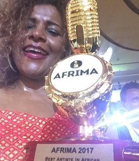 Ethiopian artist Hamelmal Abate won best traditional music award in Afrima 2017