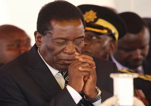 Emmerson Mnangagwa sworn in as president of Zimbabwe