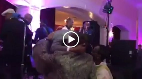 Ephrem Tamiru singing on his daughter's wedding – Mushiraye