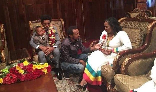 Feyisa Lilesa _ Derartu Tulu